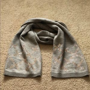Pretty Scarf with pink embellishments